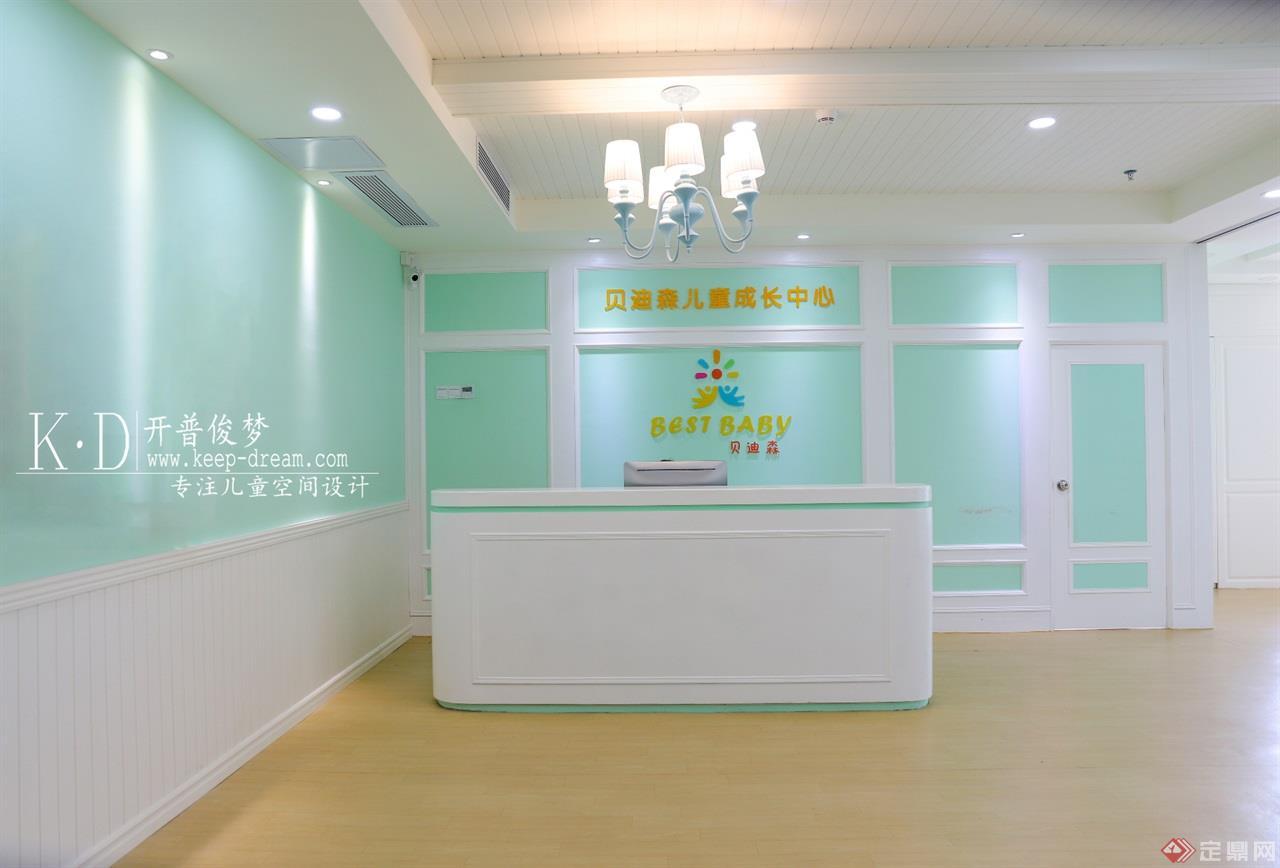 11-贝蒂森儿童成长中心大厅 (1)