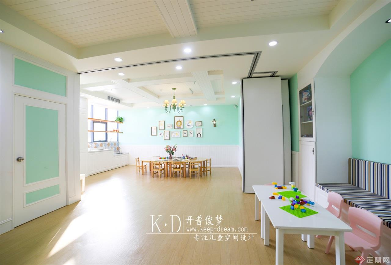 11-贝蒂森儿童成长中心大厅 (2)